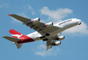http---upload.wikimedia.org-wikipedia-commons-f-fd-Qantas_a380_vh-oqa_takeoff_heathrow_arp
