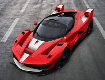 OnBoard LaFerrari – First Hybrid Of The Horse