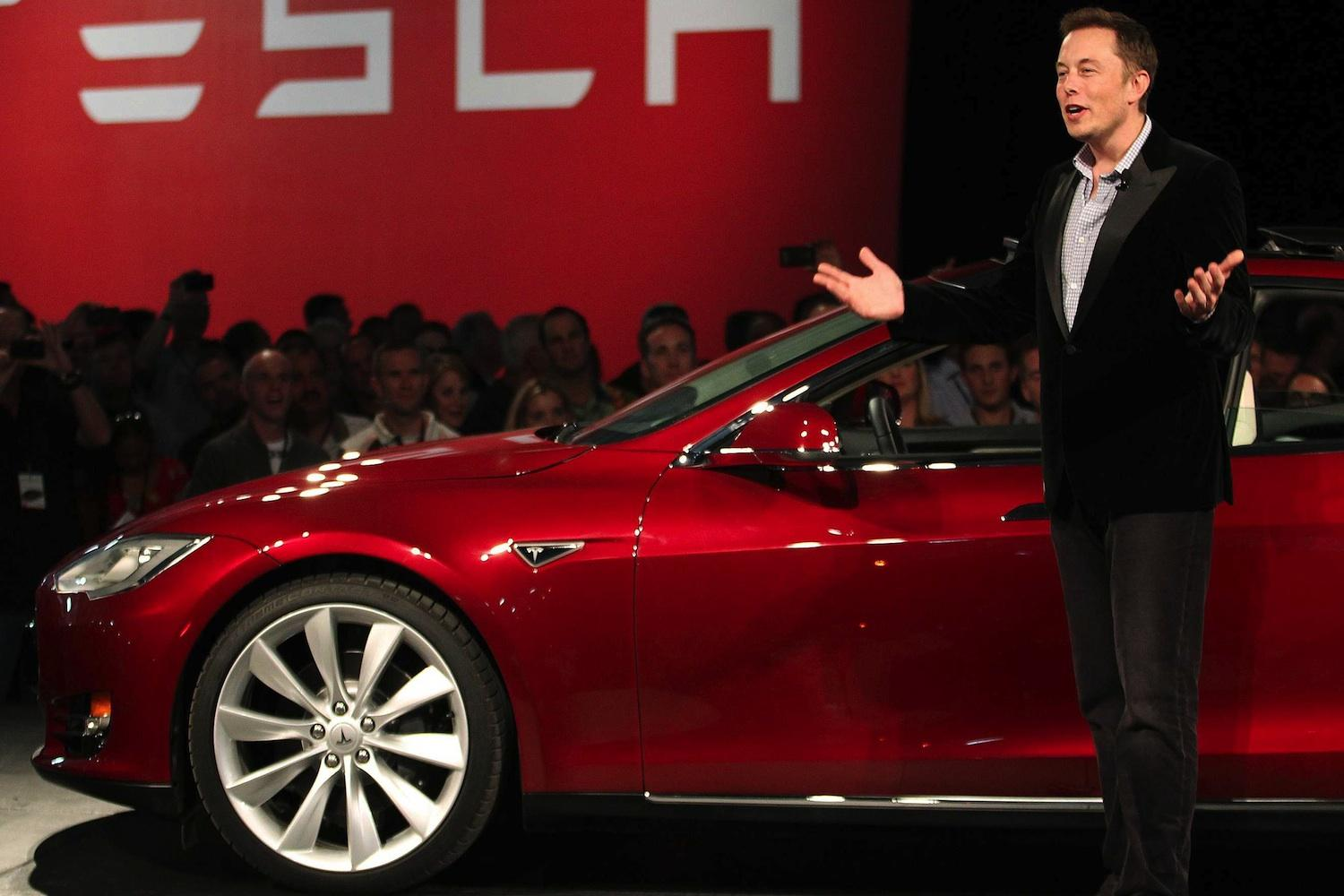 a report on tesla and his criticism on the dc motor