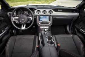 Ford Mustang California Special - Interior
